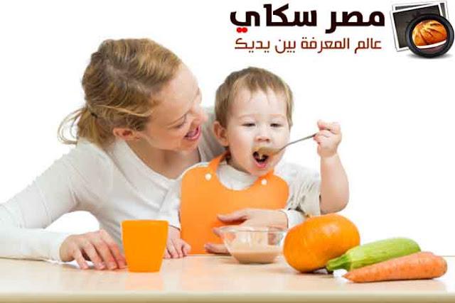 طرق وأساليب تغذية الرضيع حتى سن الفطام Baby feeding