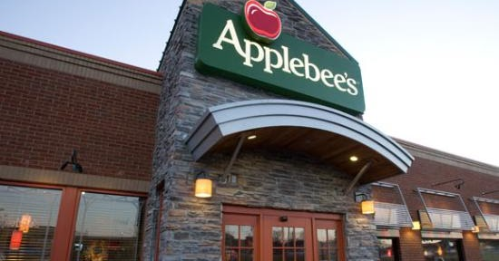 Some chains choose to keep all hours the same from 11 a.m. to midnight, including on weekends, while others may be open later on the weekends until 2 a.m. As for their holiday schedule, Applebee's usually closes on Thanksgiving and Christmas but may be open .