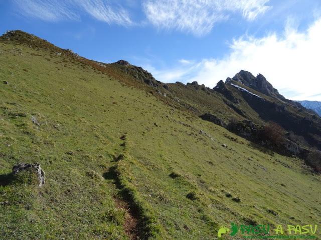 Camino al Praera