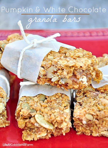 Homemade Pumpkin and White Chocolate Granola Bars
