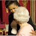 Αποκάλυψη Ομπάμα. Γιατί η Μισέλ έσπασε το Βασιλικό πρωτόκολλο και αγκάλιασε την βασίλισσα Ελισάβετ πριν από 11 χρόνια