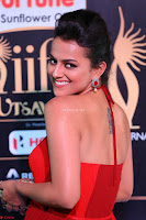 Sraddha in Sleeveless Red Gown at IIFA Utsavam Awards 2017  Day 2  HD Exclusive 03.JPG