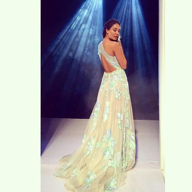 Lisa Haydon Fashion Show