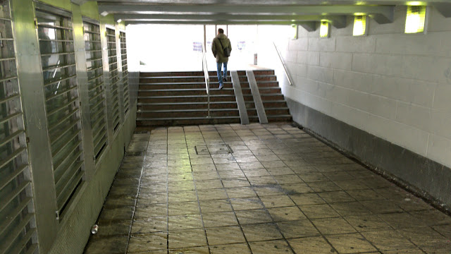 Túnel junto a la estación de tren de Desierto