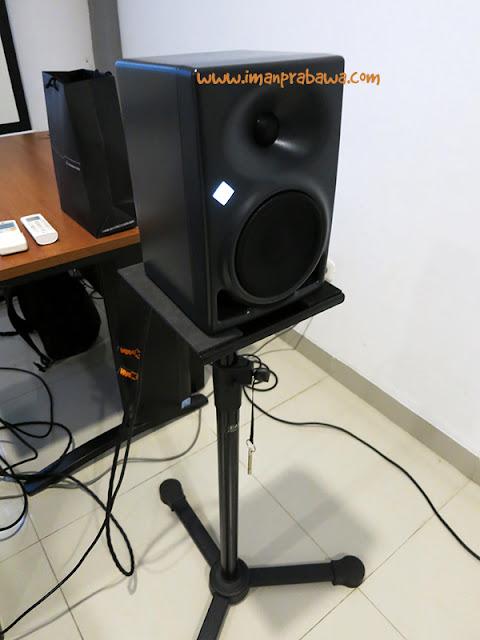 Neumann KH120A Monitor Speaker