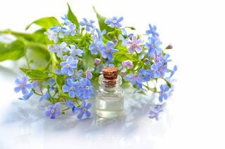cosmetic-oil-essential-oil