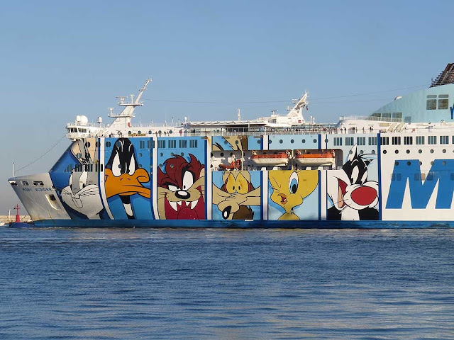Moby Wonder ferry, IMO 9214367, port of Livorno