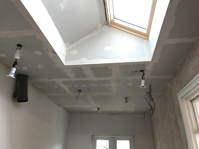 jointing a ceiling
