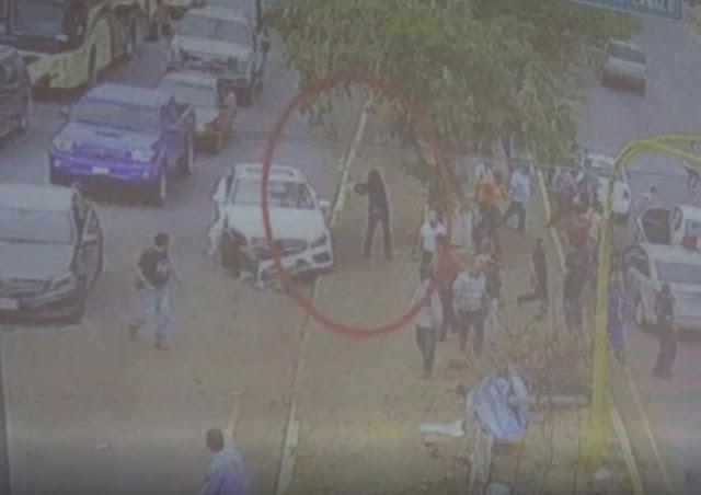 Por vídeo subido a Facebook sospechan que sicario regreso a rematar a conductor de Mercedes al ver que había quedado vivo en Culiacán