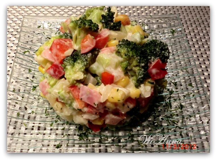 hier wird mit liebe gekocht brokkoli salat. Black Bedroom Furniture Sets. Home Design Ideas