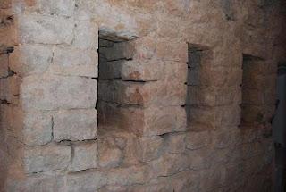 Troneras descubiertas en 2008
