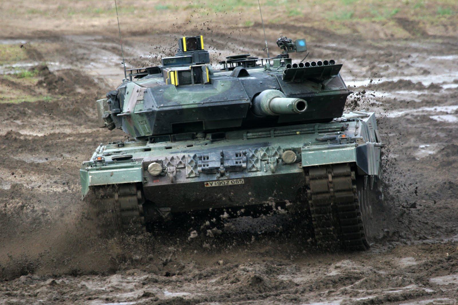Armored Photos: Leopard 2  Armored Photos:...