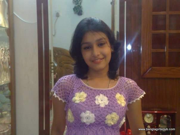 Cute Bangladeshi School Girl  Sexyblogger-3401