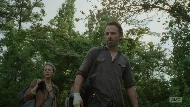 Rick y Carol en The Walking Dead 4x04 - Indifference