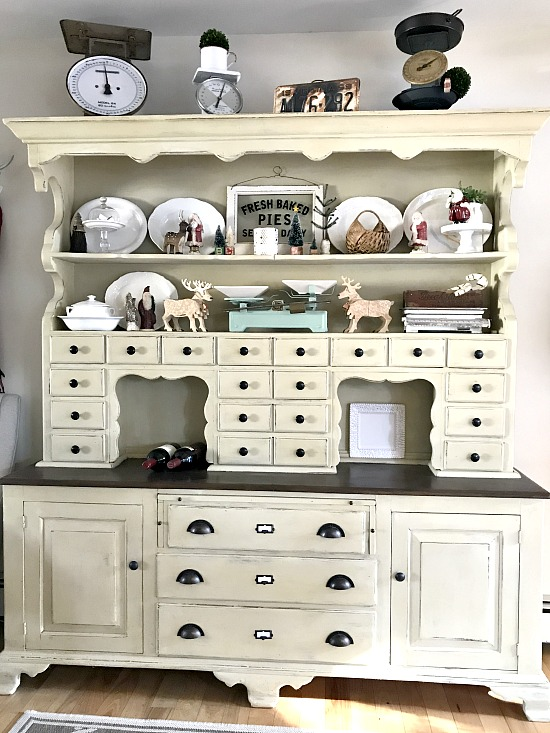 Add Drawer Labels to Renovated Painted Furniture