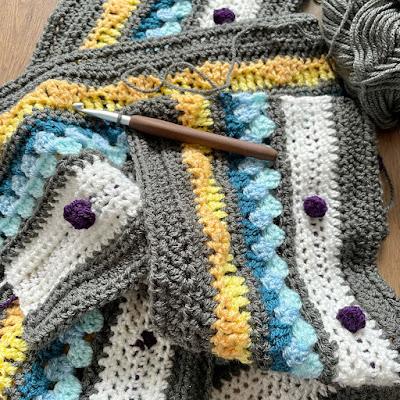 Crochet blanket WIP - pattern is Haak Maar Raak 'Rainbow Sampler Blanket'