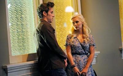 Sam Palladio y Clare Bowen en Nashville