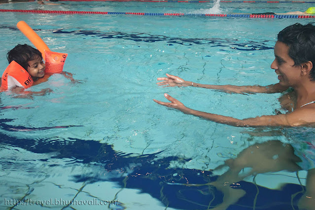 HILTON FRANKFURT CITY CENTRE Fitness First Swimming Pool