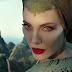 Vídeo mostra transformação de Angelina Jolie em Malévola