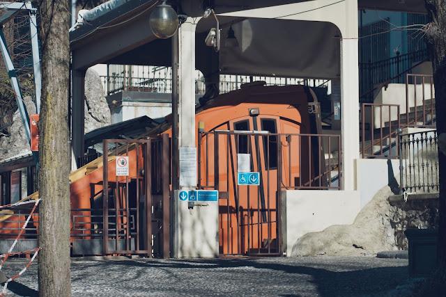 Pojedź kolejką linową - Funicolare Como / Brunate