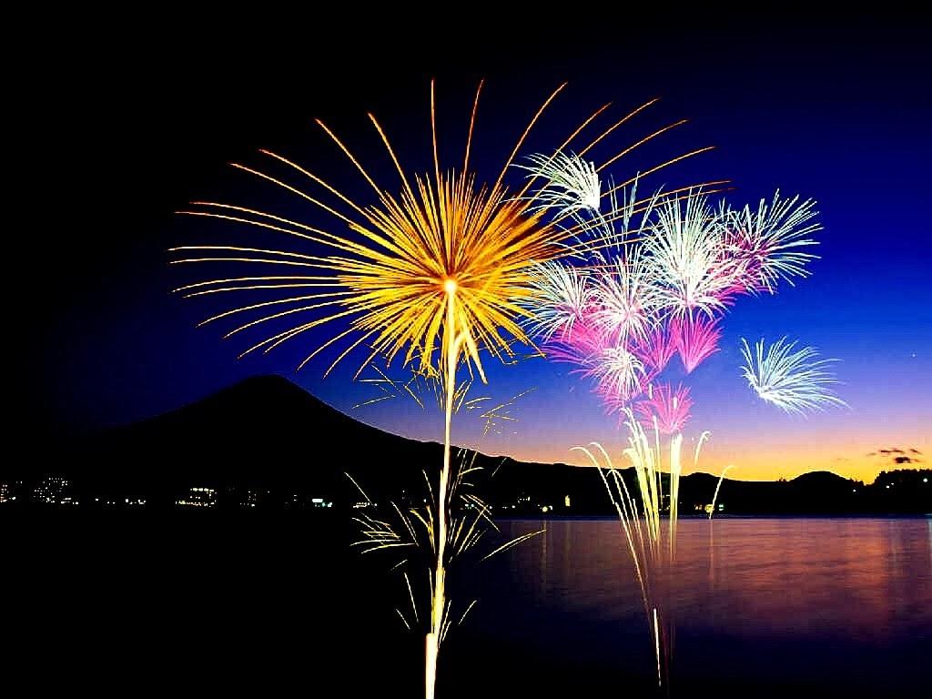 Fireworks Wallpaper Free: Firework For Free Desktop Wallpapers