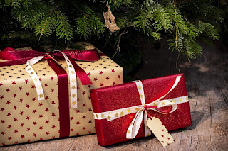 Gifts, Articles and exchange of something: