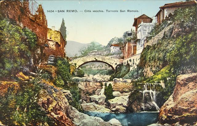 Sanremo, antica cartolina a colori della città vecchia