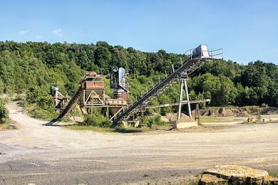 quarry machine stone rock