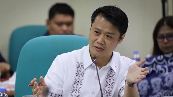 Gatchalian files bill seeking to increase the salary of public school teachers to P30,000