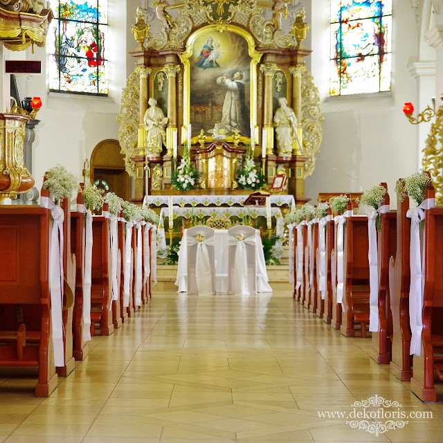 Ślub dekoracja ławek biała gipsówka