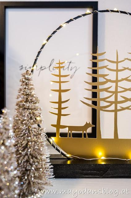 Weihnachtsdeko im Vorraum