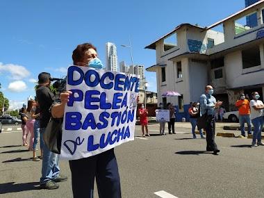 Educadores se manifiestan en pro del rescate de la Escuela República de Venezuela