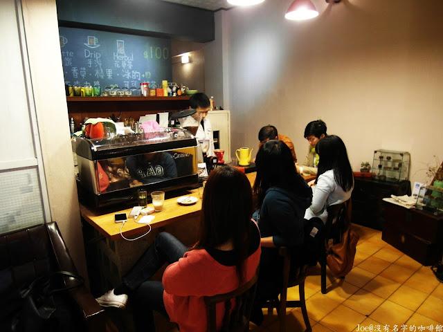 SAM 2083 - 【台中咖啡】沒有名字的咖啡館-隱藏在街頭巷弄裡的咖啡店@老屋咖啡@沒有名字@人情味的咖啡@手沖咖啡 @TaiwanCoffee @ Taichung Coffee