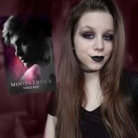 https://shirleycuypers.blogspot.com/2017/11/moonstruck-inspired-make-up-look.html
