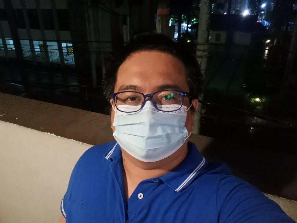 realme C25s Camera Sample - Selfie, Night