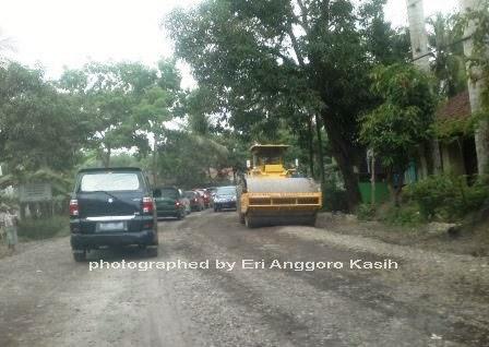 Ilustrasi perbaikan Jalan di Salah Satu Ruas Jalan Provinsi di Jawa Barat.