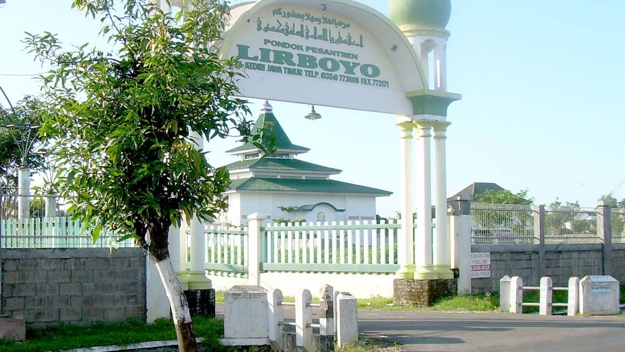 268 Santri Pemalang Berangkat Mondok ke PP Lirboyo Kediri