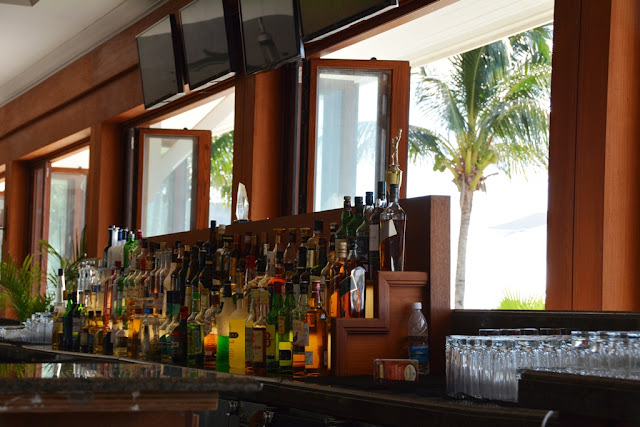 Friar's Beach St. Kitts Carombola bar