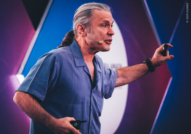 Bruce Dickinson: assista palestra da Campus Party Brasília na íntegra