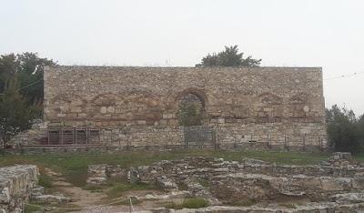 Λάρισα: Αναστηλώνεται το Μπεζεστένι στην αρχαία ακρόπολη της πόλης