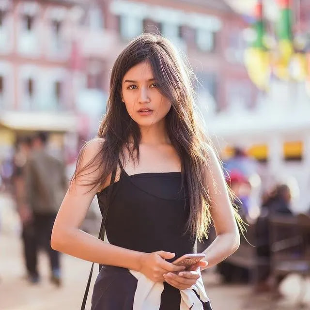 biography of Malika Mahat