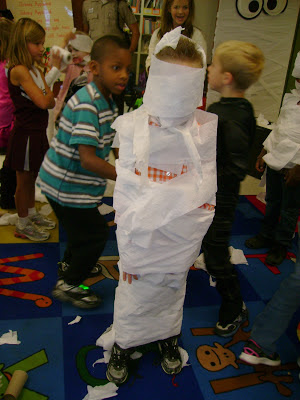 A Halloween Party Filled with Science! | Peace, Love, and ...