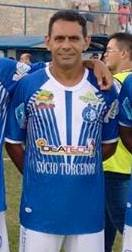 O ex-jogador profissional, Joãozinho, é um dos responsáveis pela chegada da Escolinha Fla em Limoeiro do Norte.