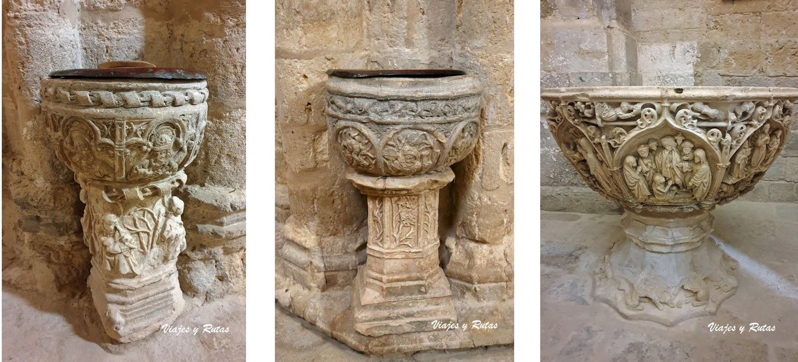 Pilas bautismales y de agua bendita de San Hipólito el Real de Támara de Campos