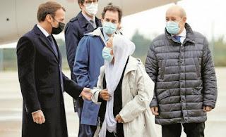 Disambut Macron, Missionaris yang Ditebus 10 Juta Euro + 200 Tahanan Ternyata Sudah Muallaf