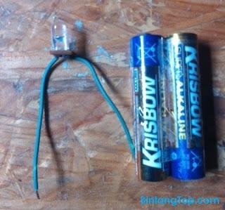baterai alkaline dan led lamp