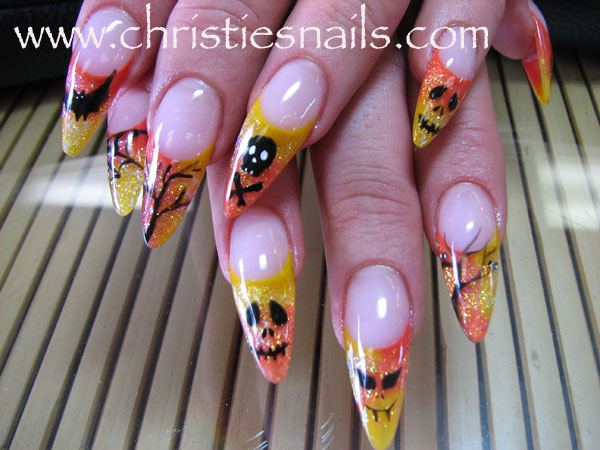 The Beutiful Arts Halloween Nail Art Design