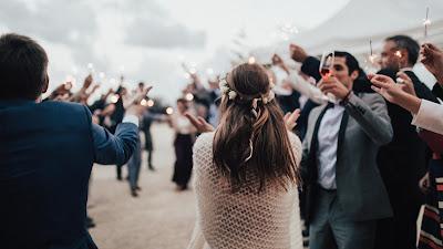 Fiesta de boda durante el día