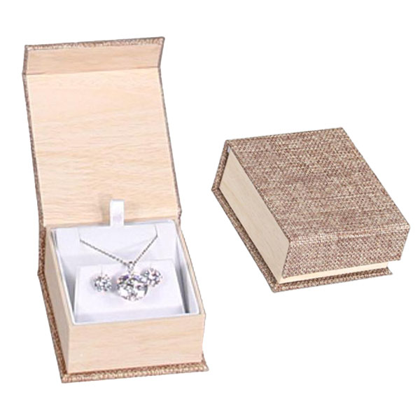 Shop Wholesale Deluxe Burlap Earring and Pendant Box at Nile Corp