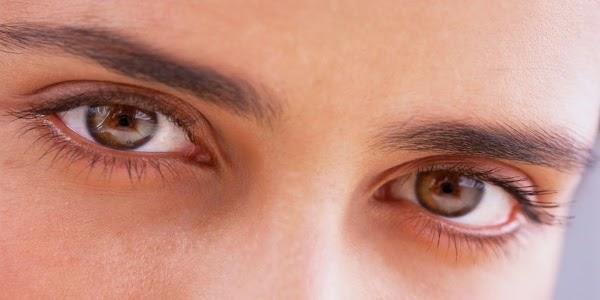 إفحص عينيك بإستعمال الأنترنت فقط ( الطريقة حقيقية بعد إستشارة طبيب أعين)